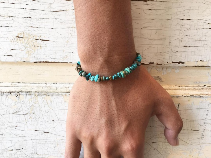 simple turquoise bracelet design