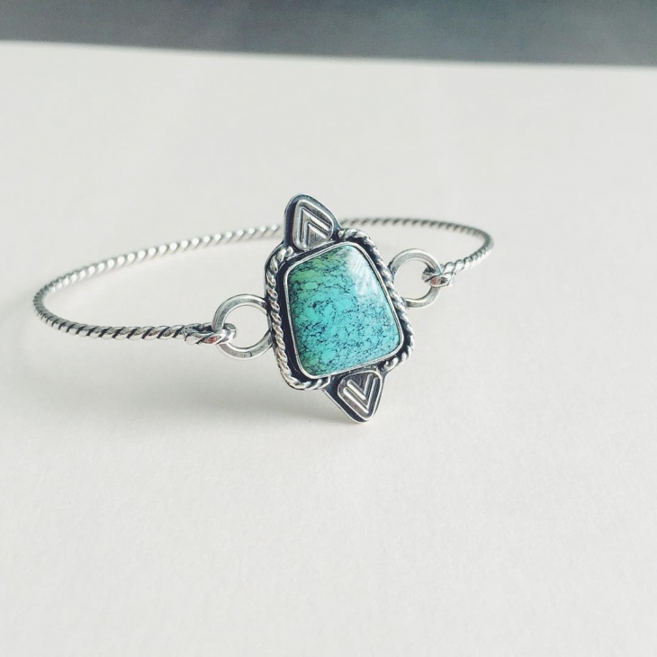 pretty silver turquoise bracelet
