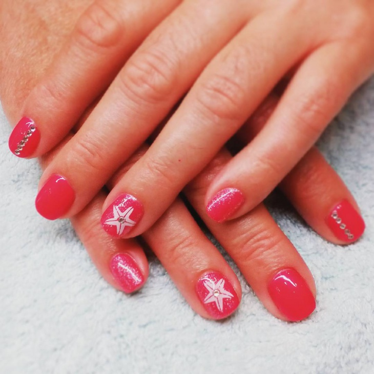 summer starfish nail design