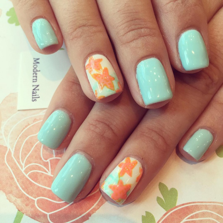 trendy starfish nail design