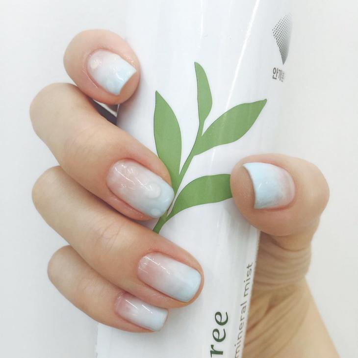 gel water nail design