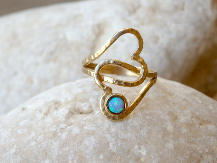 double heart shaped ring