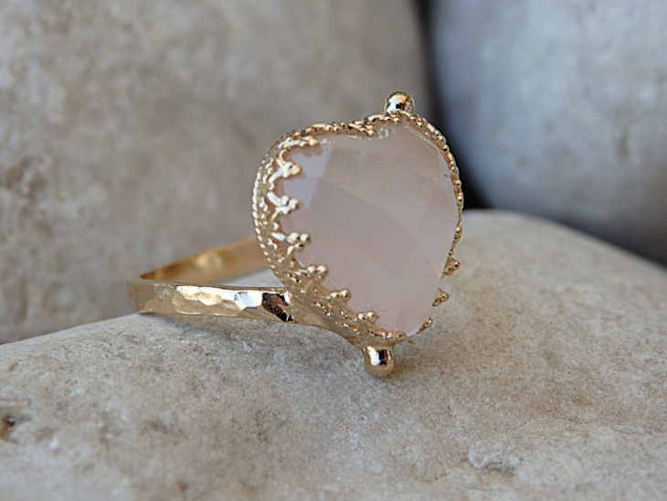 pink gemstone ring design