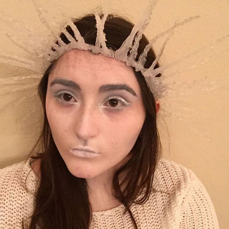 Frozen Snow Makeup