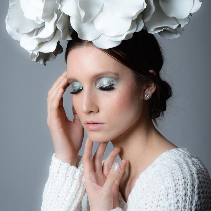 Silver Snow Makeup Idea