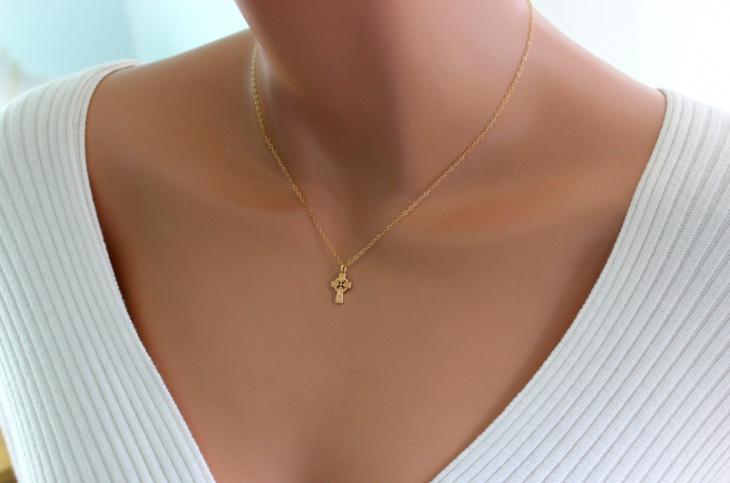 Gold Celtic Jewelry