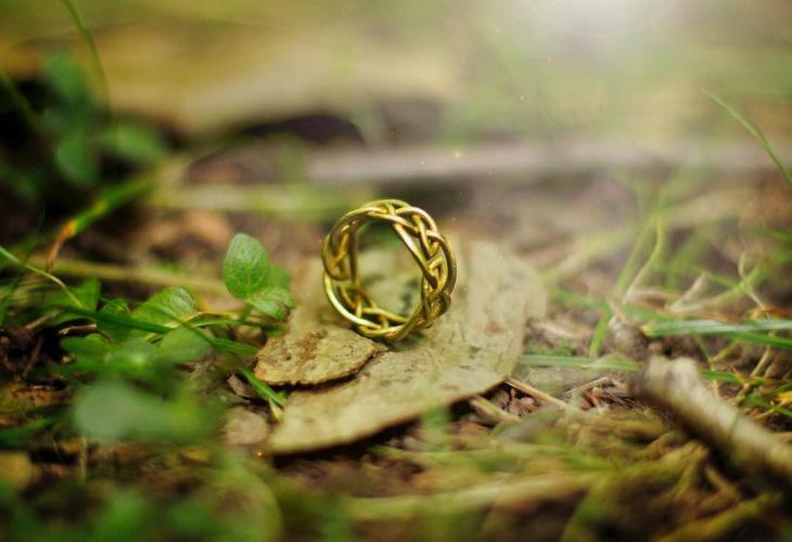 Gold Celtic Ring Design