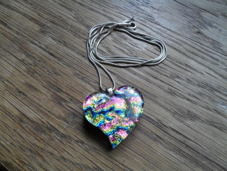 green glitter heart pendant