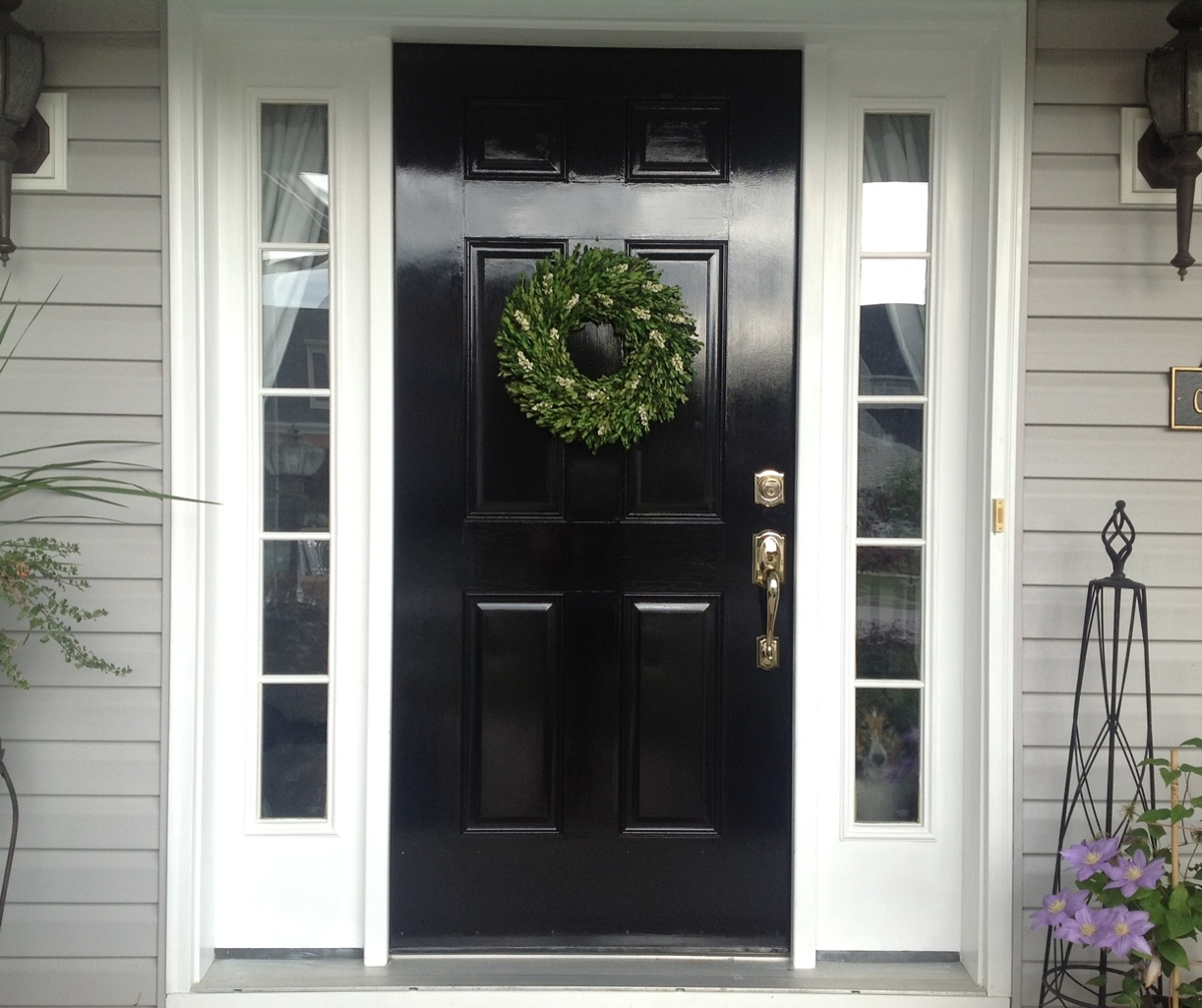 paint the front door black