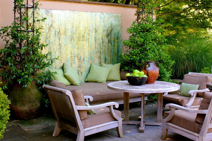 Traditional Outdoor Seating idea
