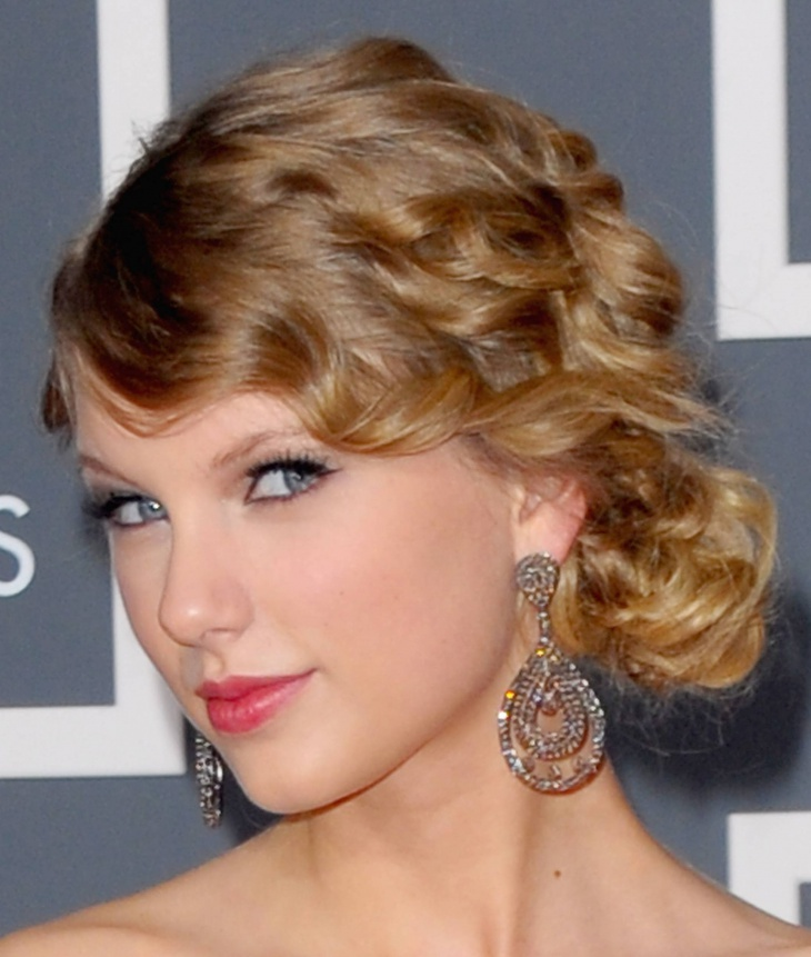 taylor swift gypsy updo hairstyles
