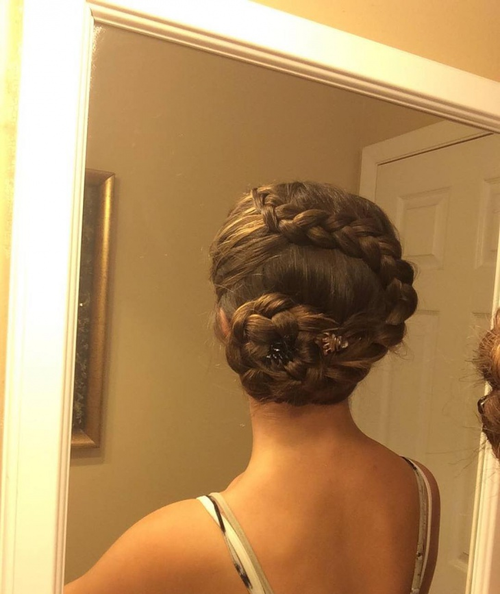 low flower braid bun