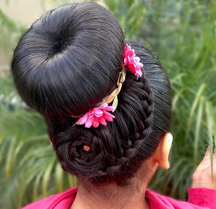 flower braid donut bun hairstyle1