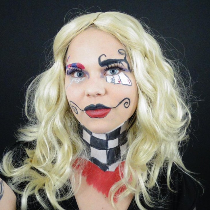Goth Alice In Wonderland Makeup