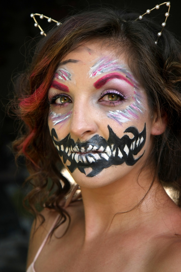 creepy alice in wonderland makeup