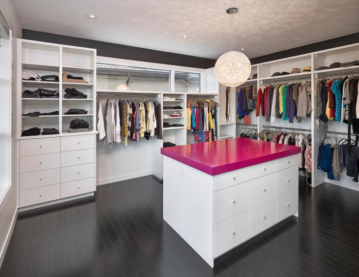 small walk in closet idea