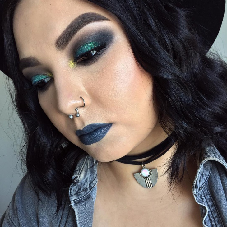 green glitter smokey eye makeup
