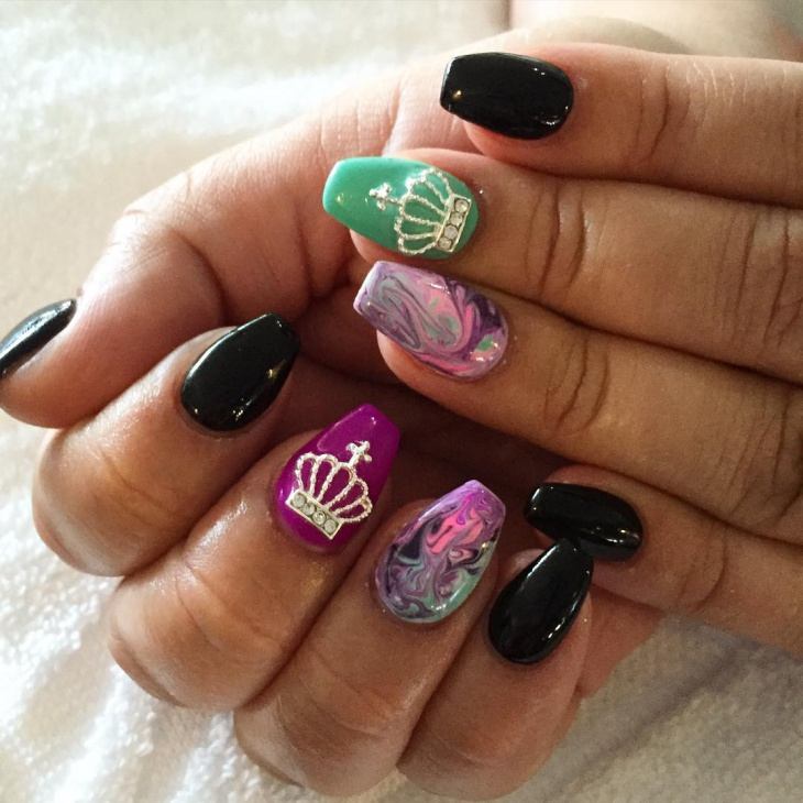 3d Crown Nail Design