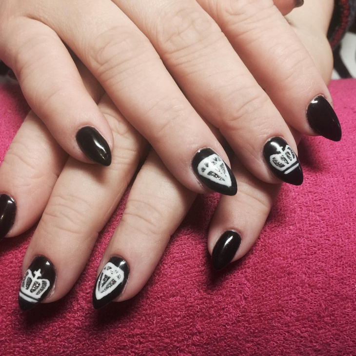 Black Pointy Crown Nails