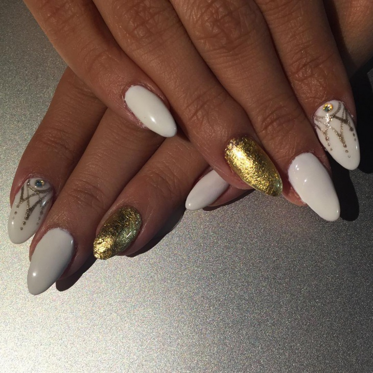 Gold Crown Nail Art