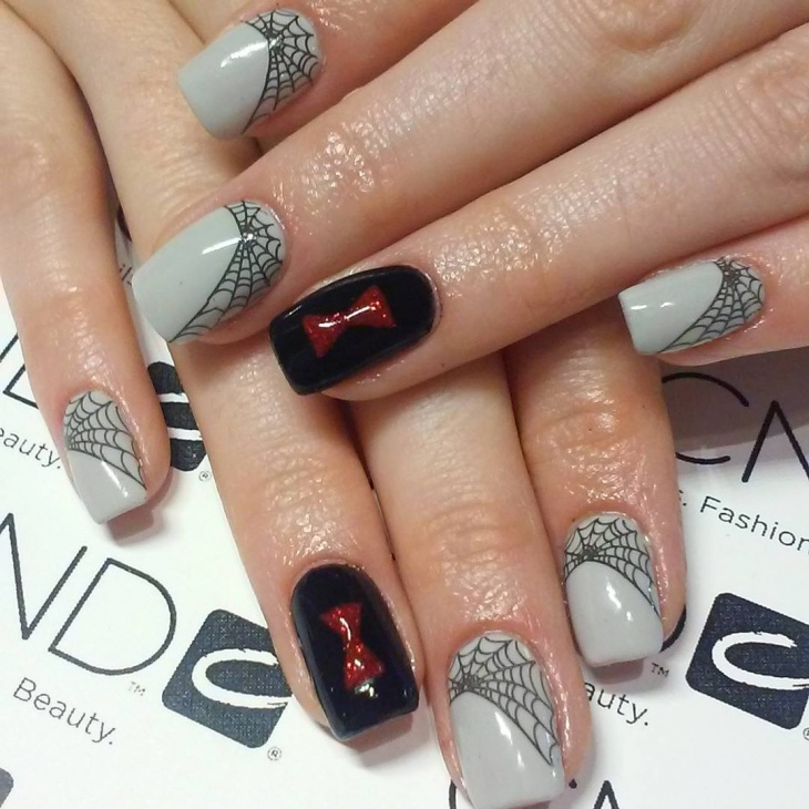Black Widow Nail Art