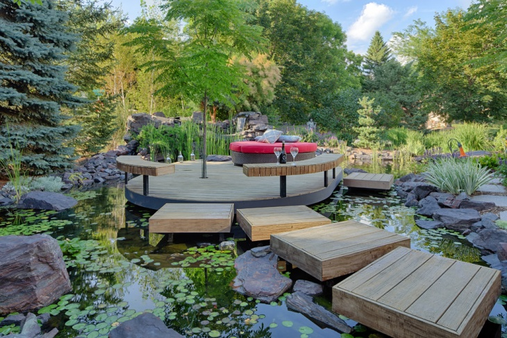 floating deck landscaping idea