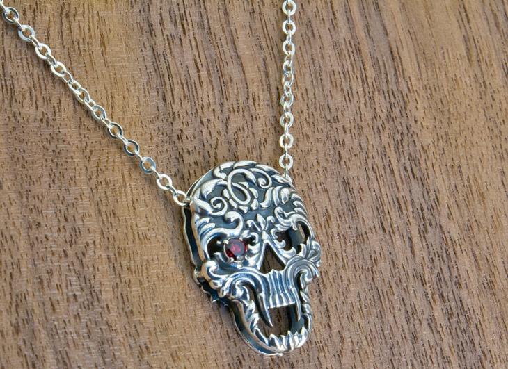 sterling silver skull skull necklace
