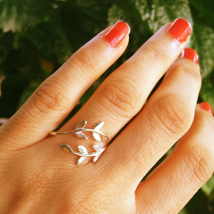 Leaf Wrap Ring Design