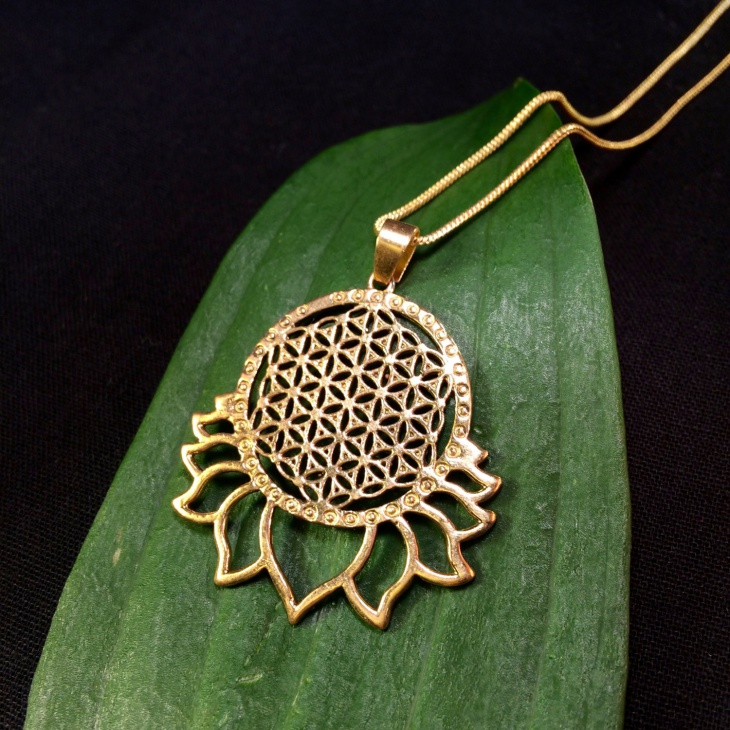 sacred lotus necklace
