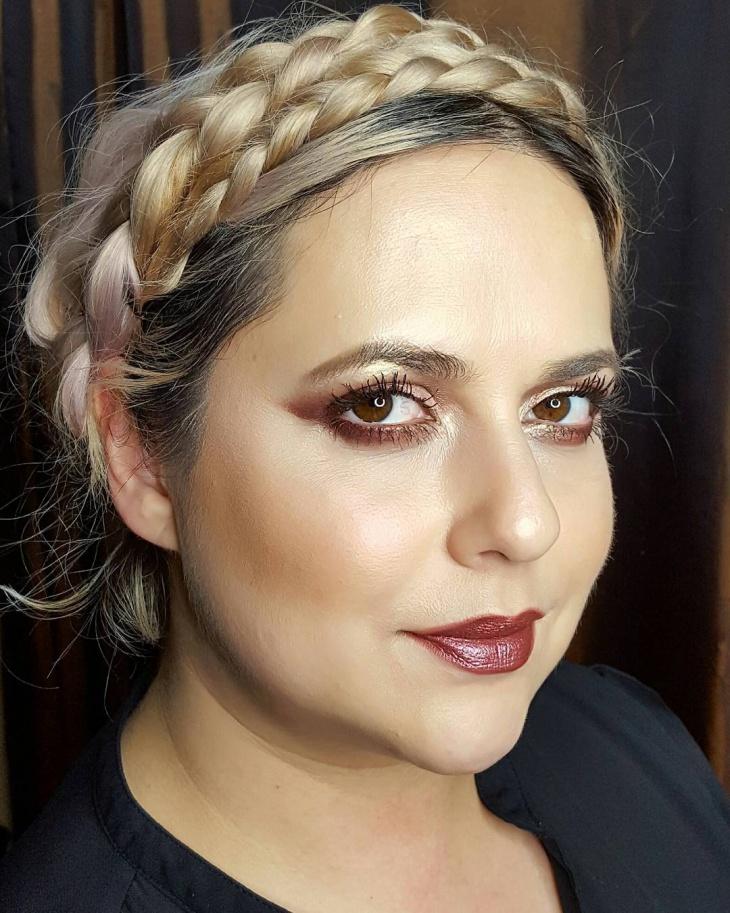 bright romantic makeup idea