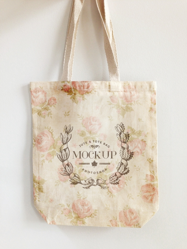 Free Jute and Tote Bag Mockup