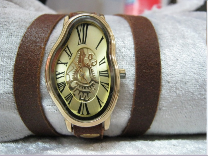 Creative Melting Wrist Watch