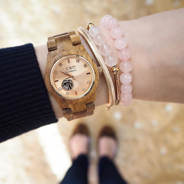 creative wooden watch for women