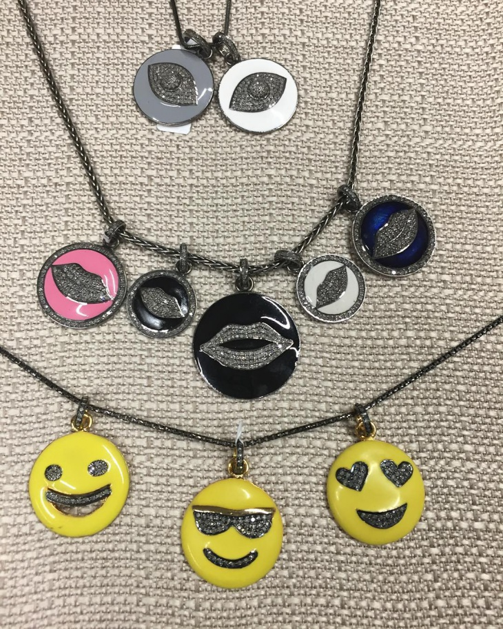 emoji necklace jewelry idea