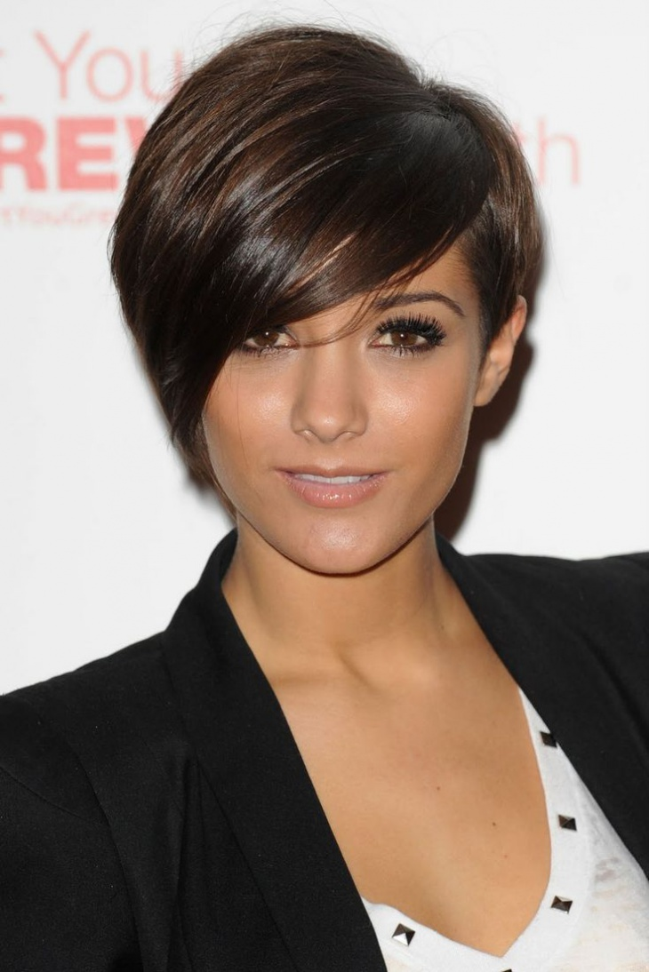 frankie bridge pixie hair with straight bangs