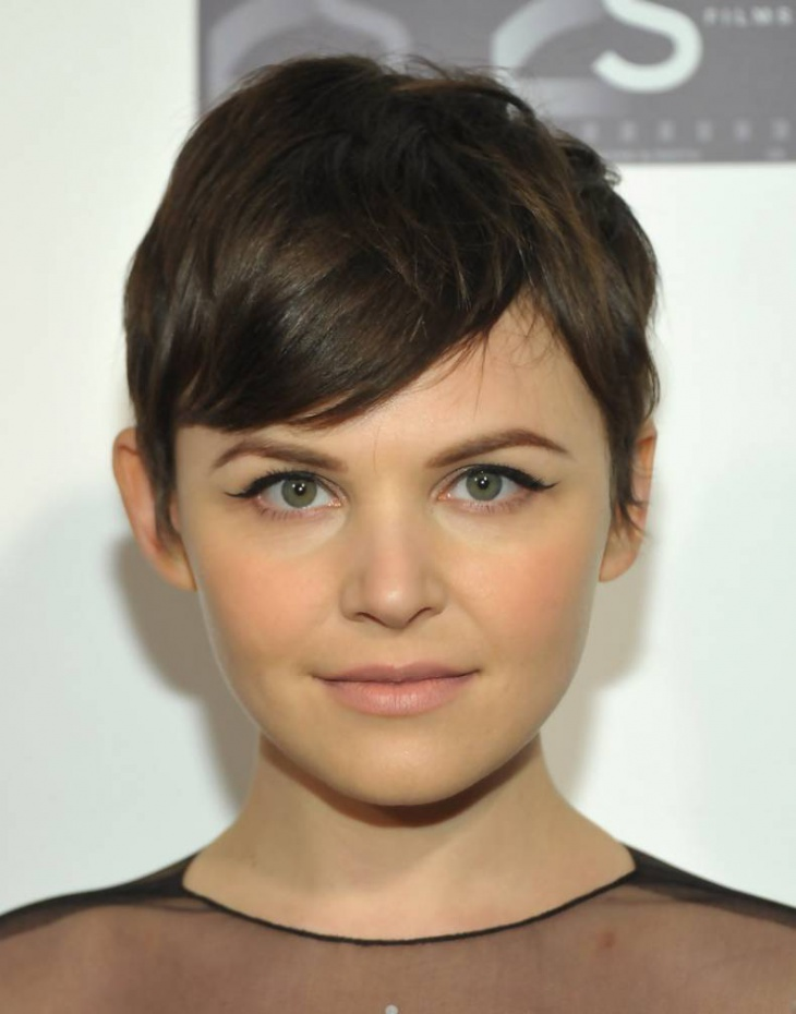 Ginnifer Goodwin Classy Pixie Cut with Bangs