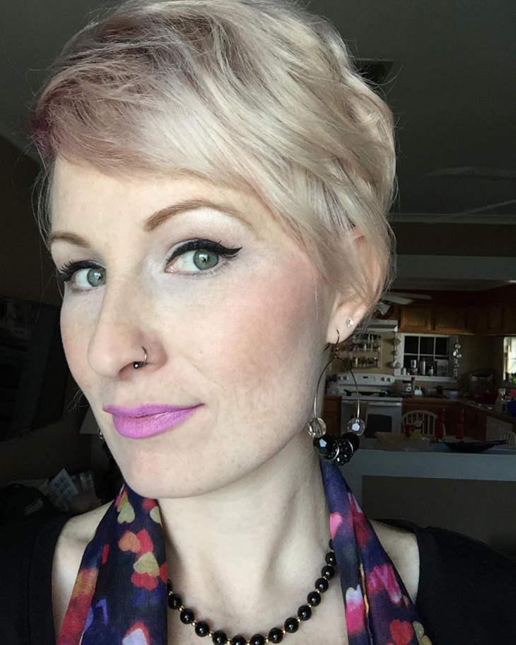 modern pixie haircut idea