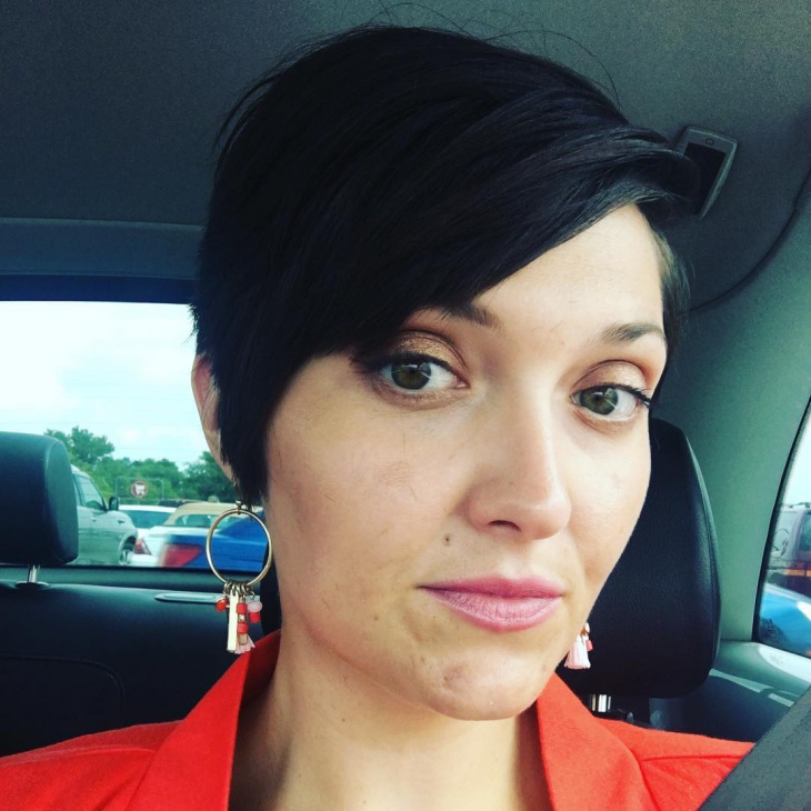 cool pixie hairstyle with bangs