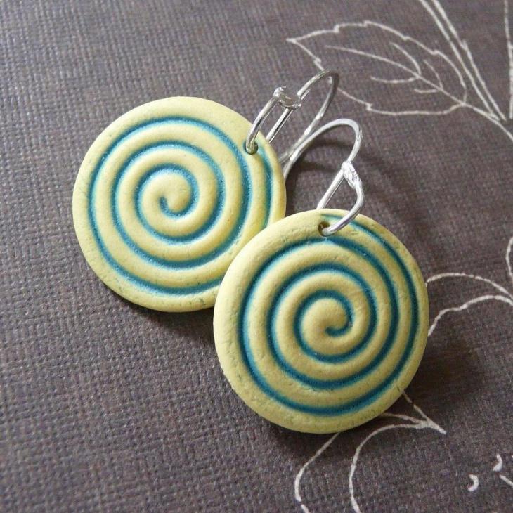 spiral shape ceramic earrings