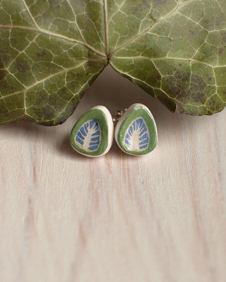 ceramic leaf earring design
