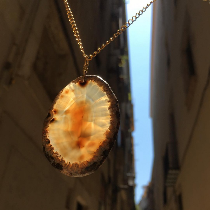 Fire Agate Necklace Design