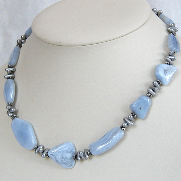 Gorgeous Agate Necklace