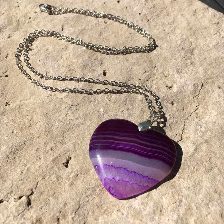 love agate necklace