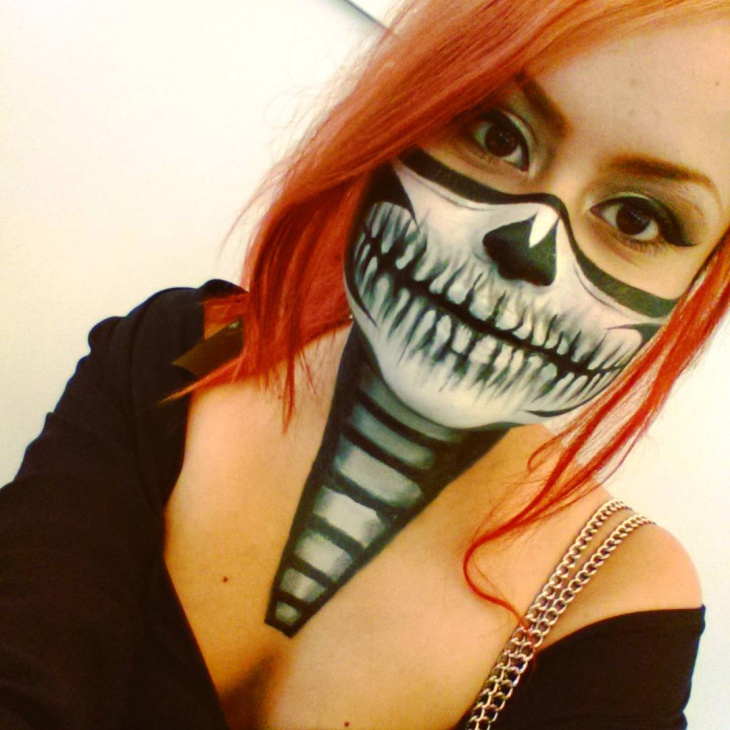 Skeleton Zipper Makeup Design
