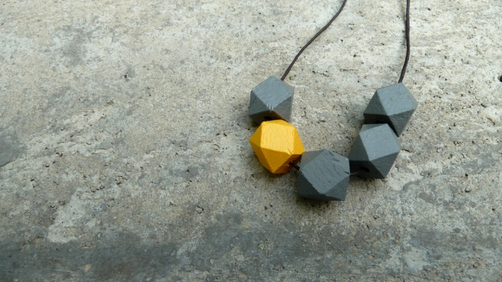 Geometric Wood Jewelry Model