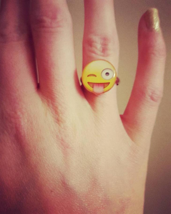 Winky Face Emoji Ring