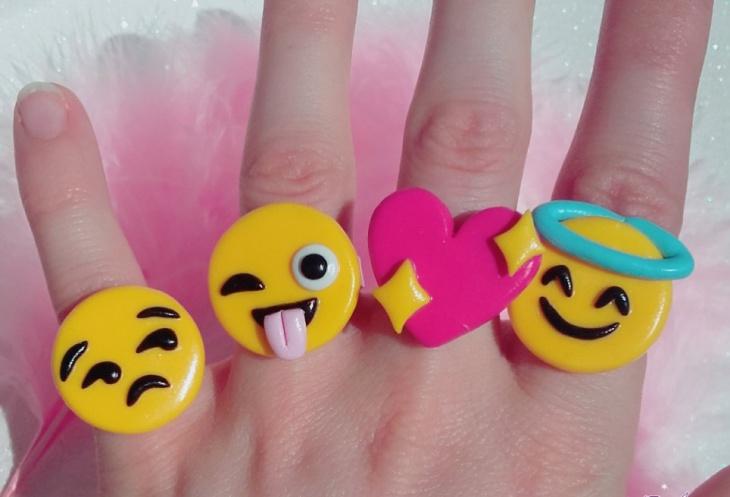 Cute Emoji Ring