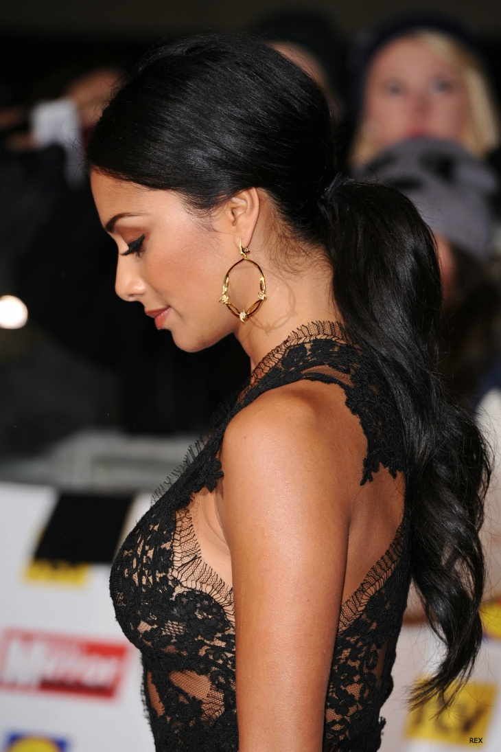 nicole scherzinger curly low ponytail
