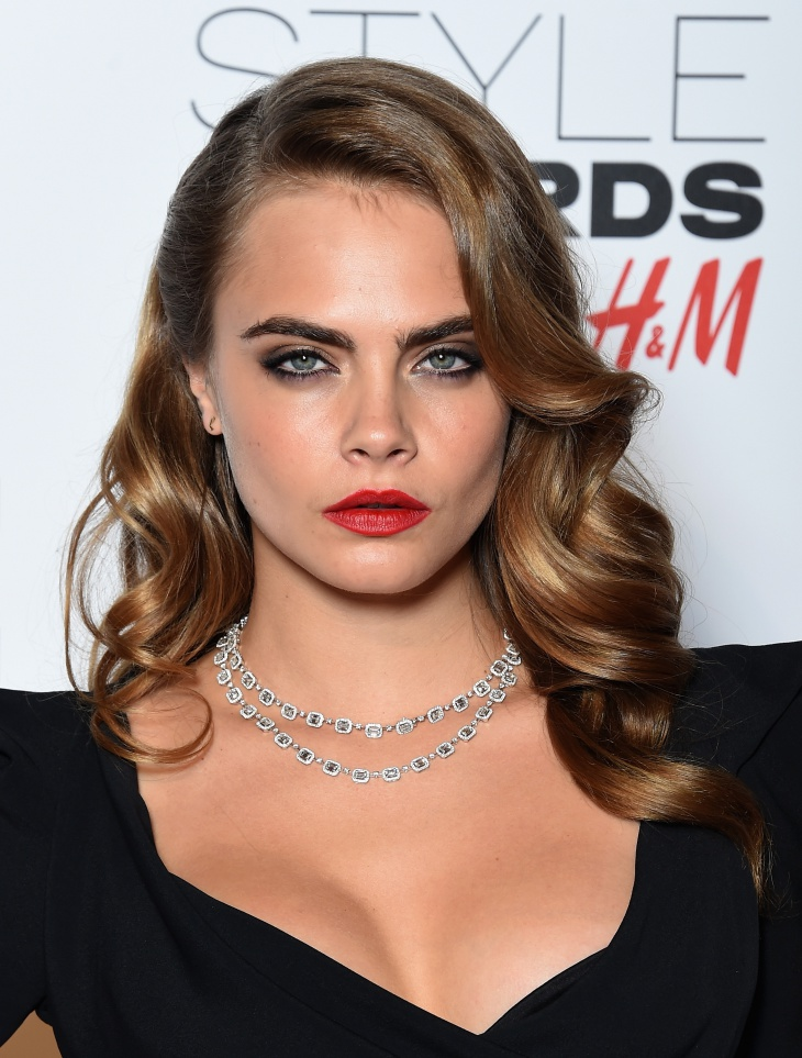 cara delevingne vintage finger wave hair