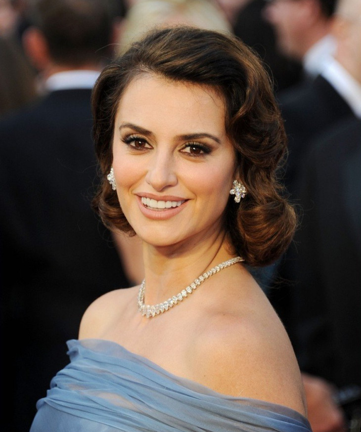 penelope cruz pretty wave hairstyle